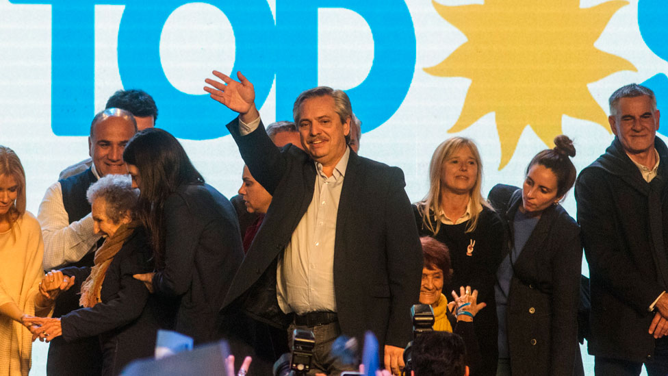 Alberto Fernández y los candidatos de Frente de Todos, tras conocerse los resultados de las primarias