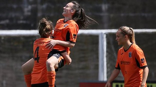 SWPL: Glasgow City reclaim top spot from Hibernian