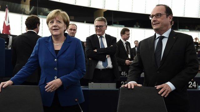 Angela Merkel (l) and Francois Hollande