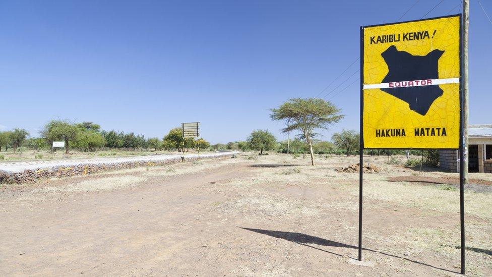 señal de Hakuna Matata en kenia