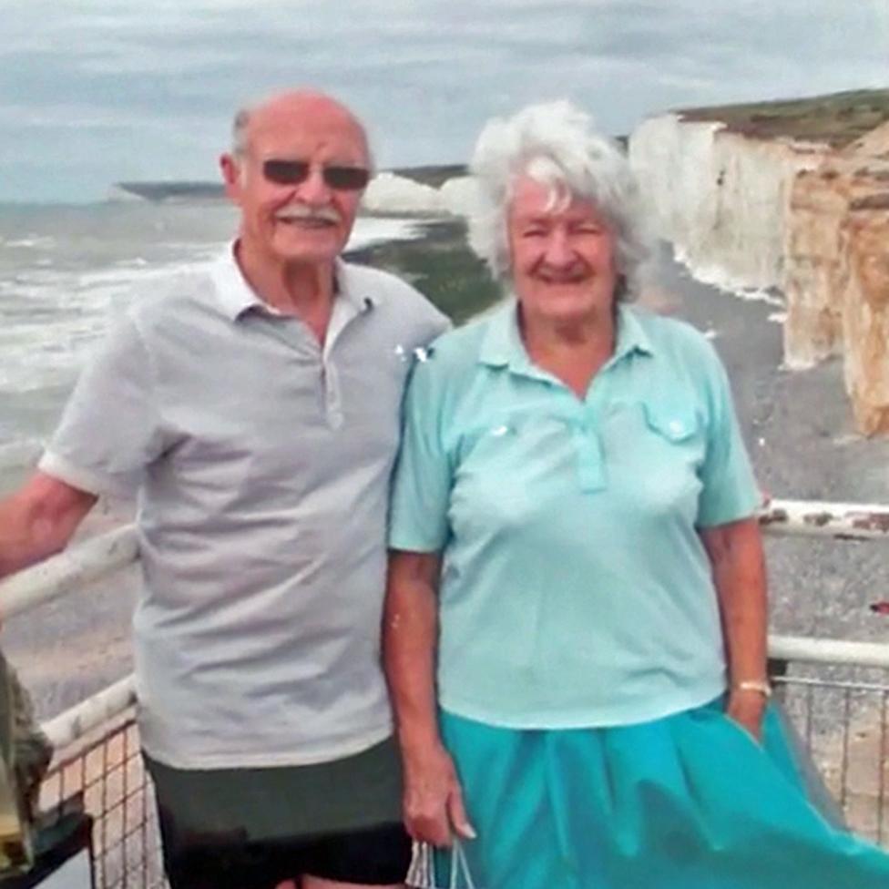 Džek sa suprugom Odri u blizini njihovih omiljenih stena