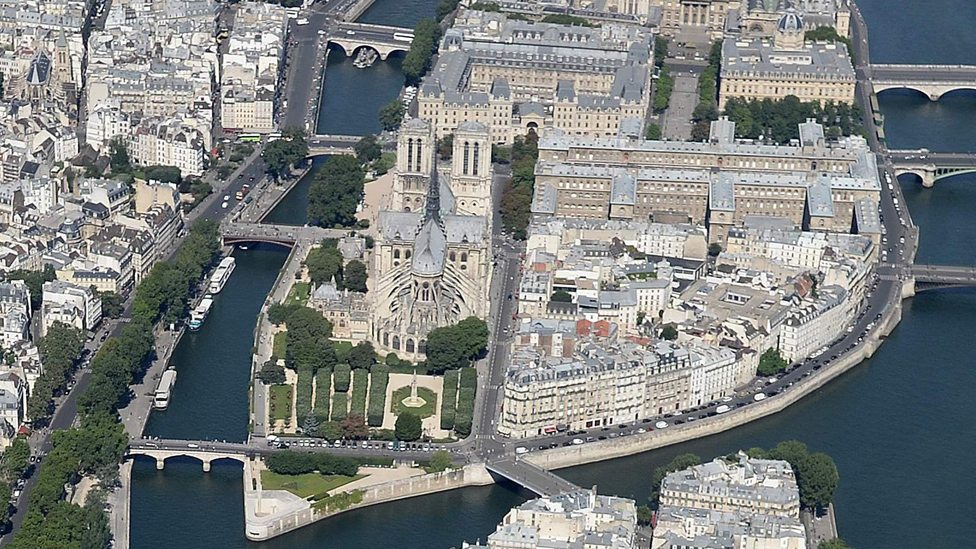 Notre-Dame fire: Why the cathedral's beauty wins hearts around the world