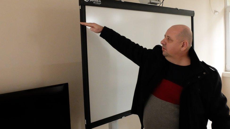 Direktor školы v Obrenovace