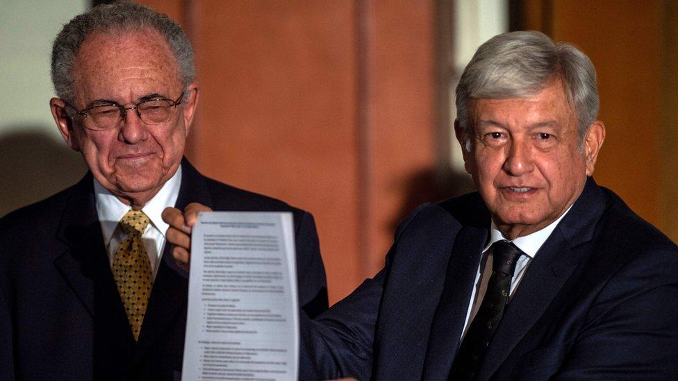 López Obrador y Javier Jiménez en conferencia de prensa