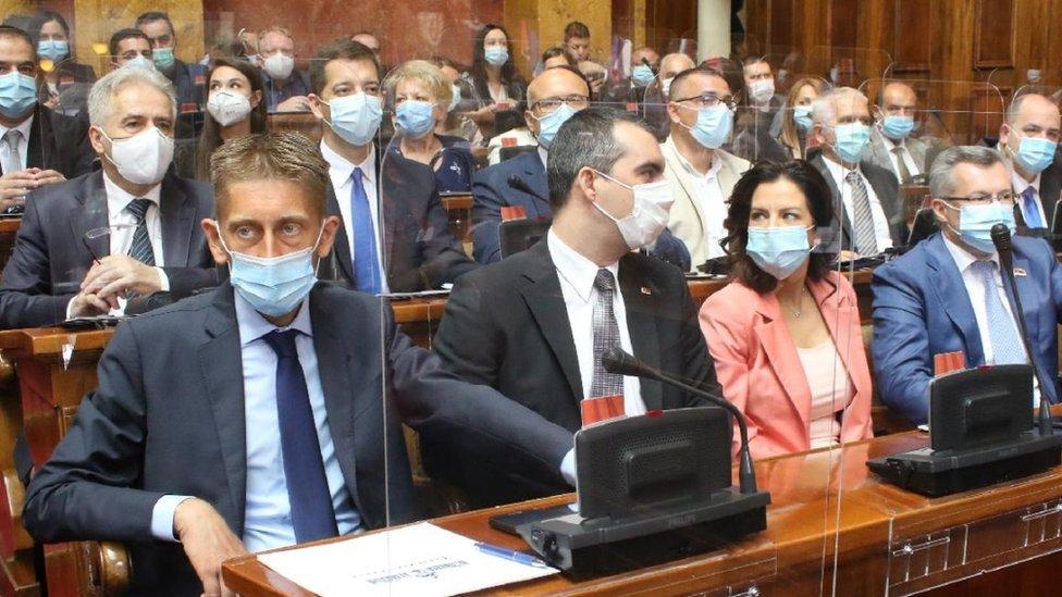 Poslanički klub vladajuće Srpske napredne stranke (SNS)