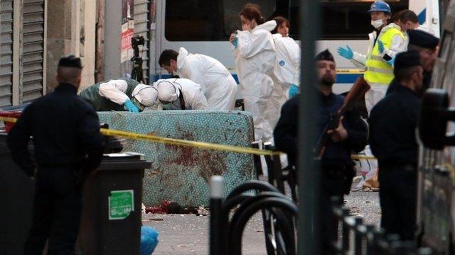 Aftermath of raid in Saint-Denis