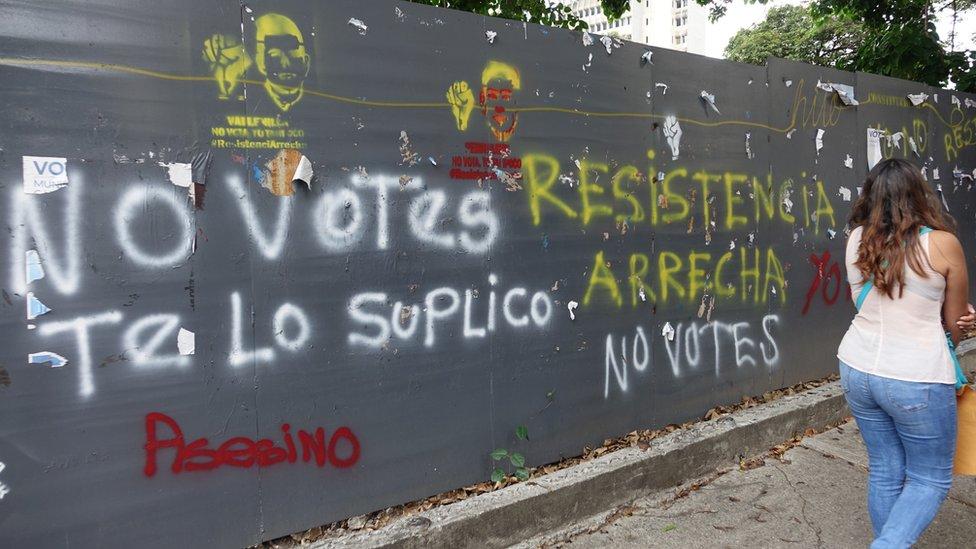 Pintada de No Votes.