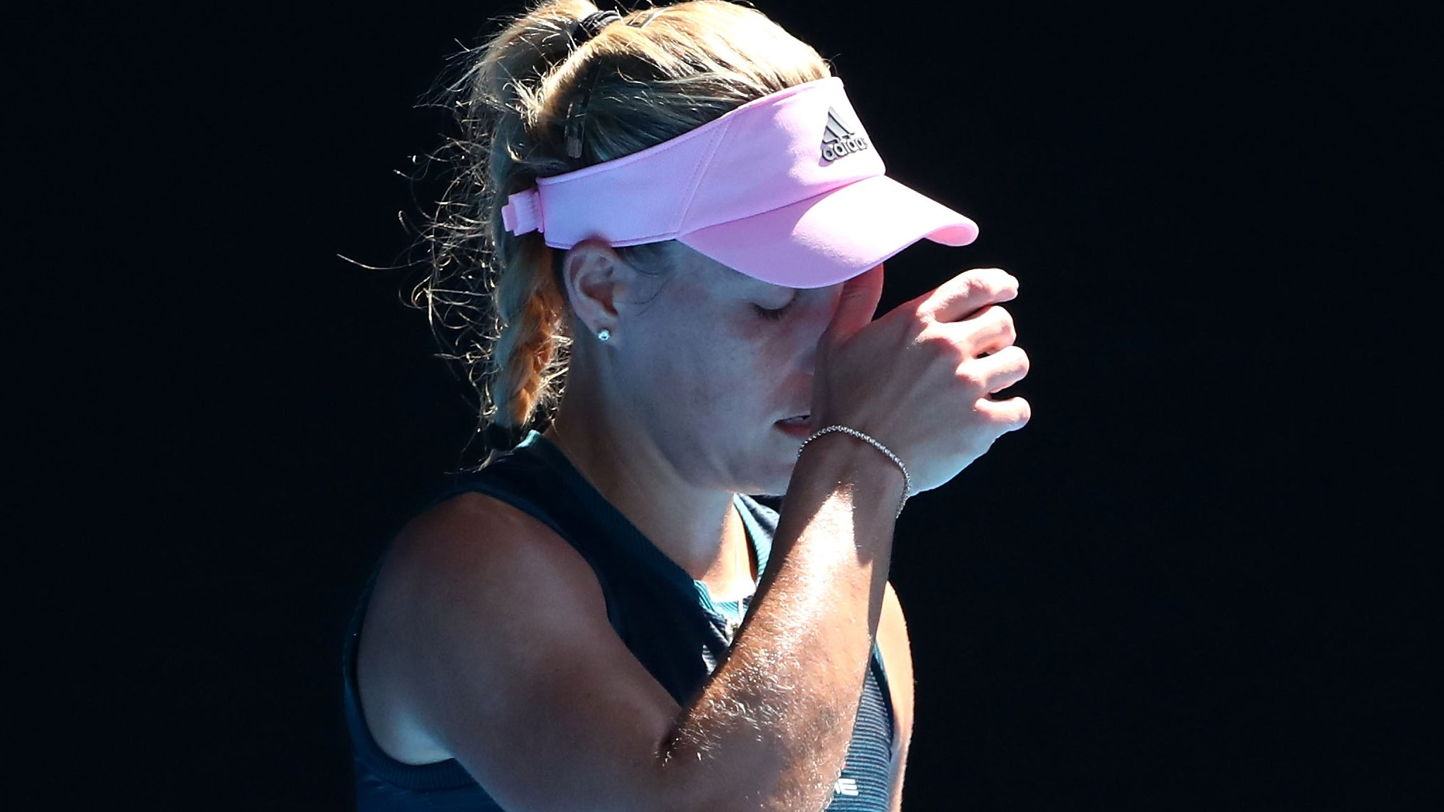 Seeds Kerber & Stephens suffer shock exits