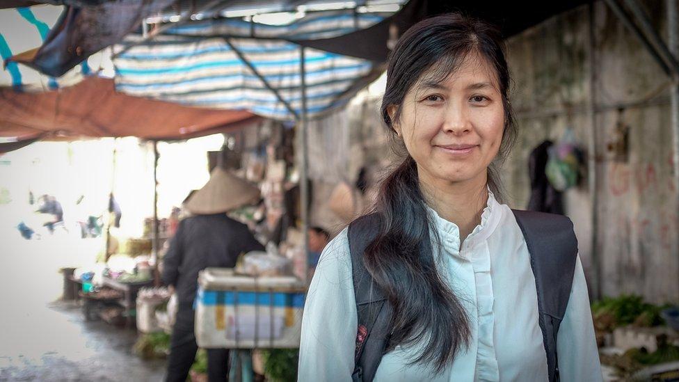 La doctora Pham Thi Thu Huong, del Instituto de Investigación de Cultivos de Campo, en Vietnam