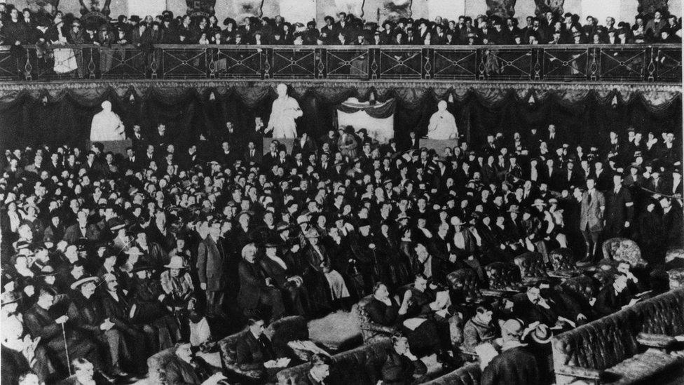 The opening of the first Dáil Éireann