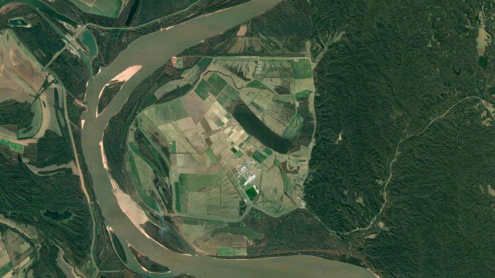 Imagen satelital de la Penitenciaría Estatal de Louisiana.