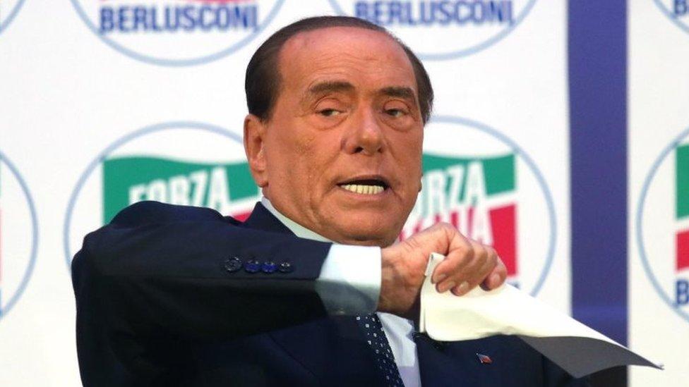 Haydi İtalya Partisi lideri Silvio Berlusconi