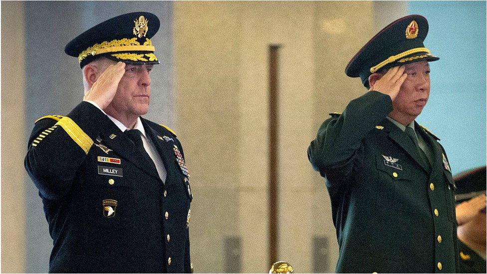 2016年8月16日,時任美國陸軍參謀長馬克·米利將軍與中國人民解放軍李作成將軍在北京會晤的資料照片。
