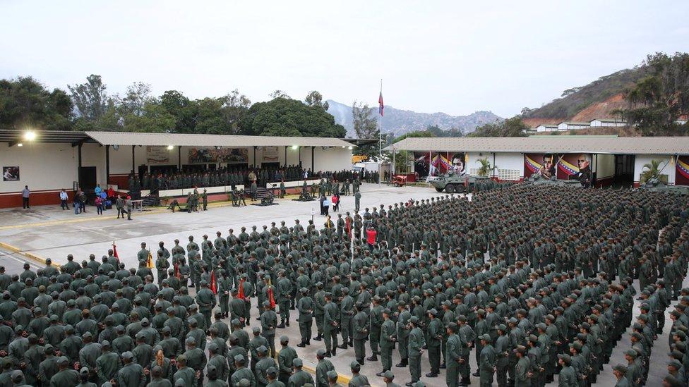 Encuentro militar en Caracas.