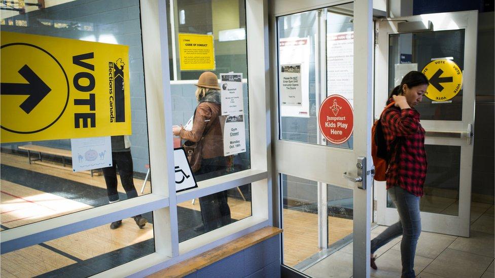 Kanađani su izašli na birališta
