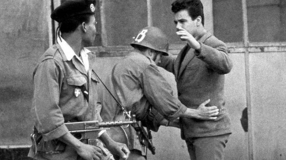 تحمل الجزائريون الكثير ابان حرب الاستقلال