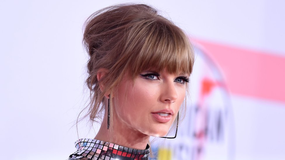 BBC News - Taylor Swift: Man arrested for second alleged home break-in