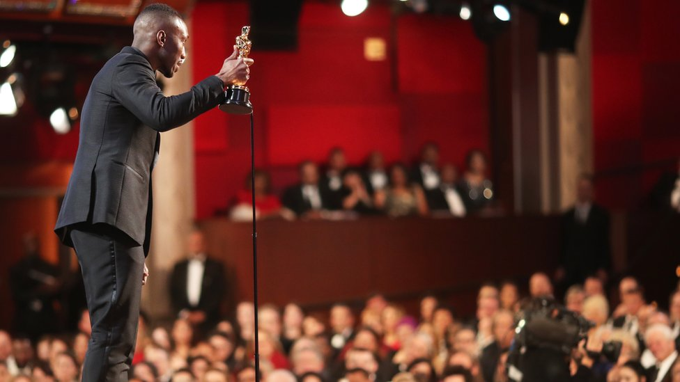 Mahershala Ali accepts the Best Supporting Actor award for Moonlight at the 89th Annual Academy Awards in Hollywood, California, 26 February 2017