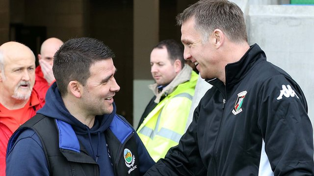 Linfield manager David Healy with Glentoran manager Alan Kernaghan