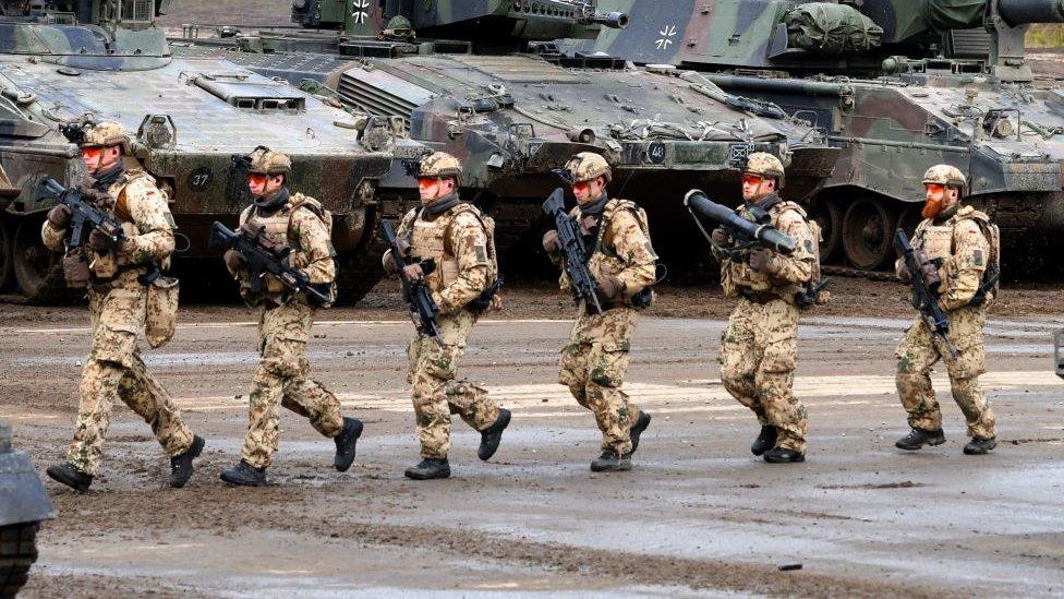 Soldados alemanes durante un ejercicio.