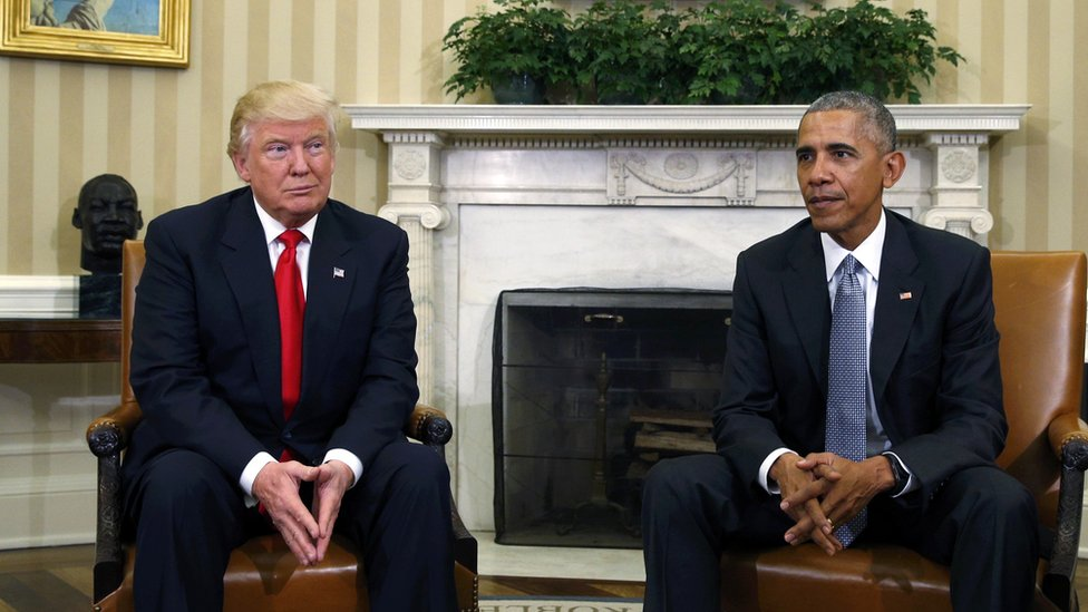 Trump and Obama in Oval Office