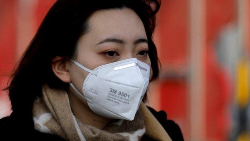 चीन में कोरोना वायरस से मरने वालों की संख्या 100 के पार पहुंची
