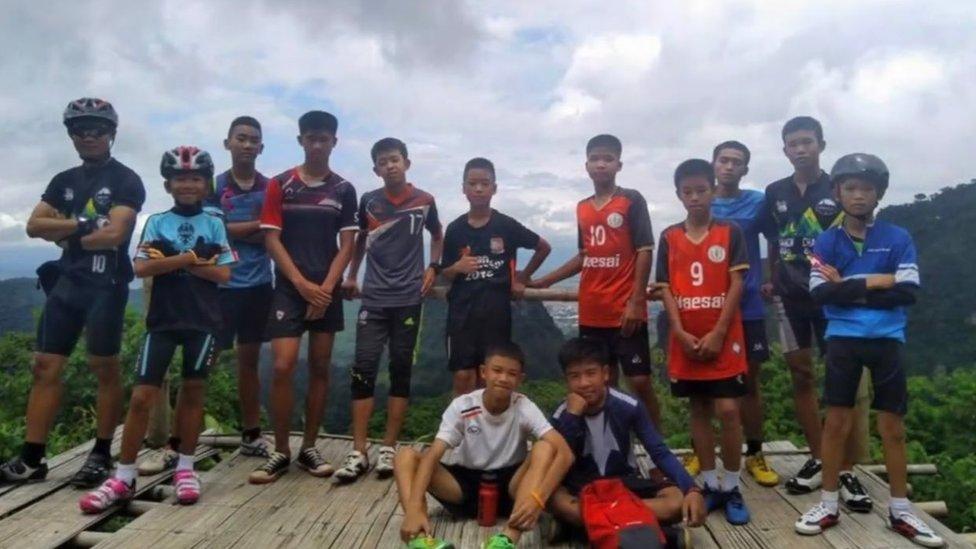 Parte del equipo desaparecido en una cueva en Tailandia.