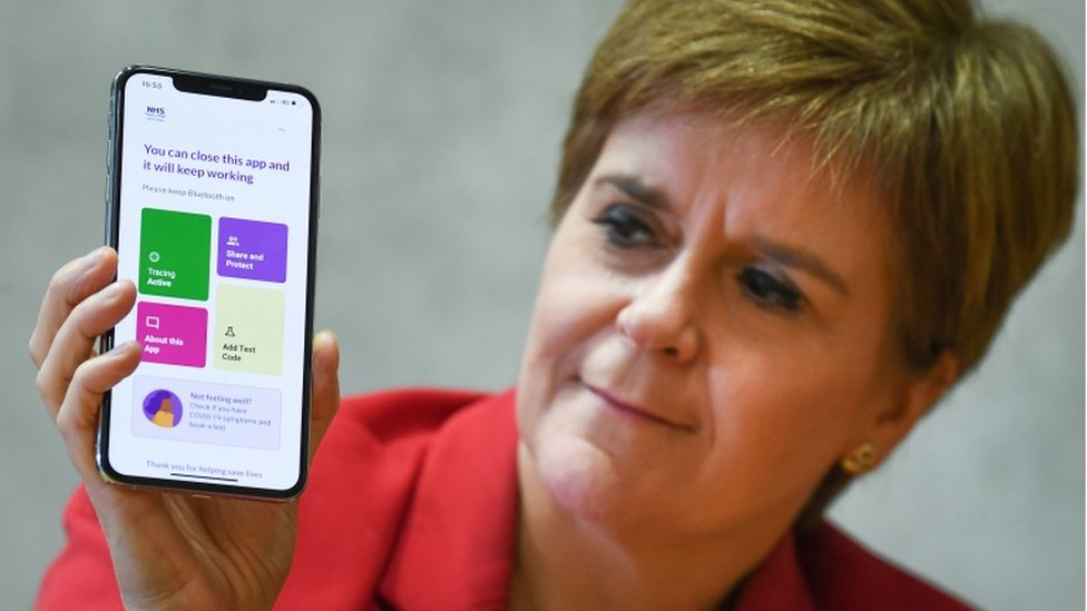Nicola Sturgeon shows Protect Scotland app