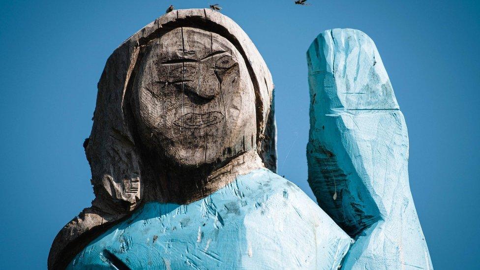 Estatua de Melania Trump en Eslovenia