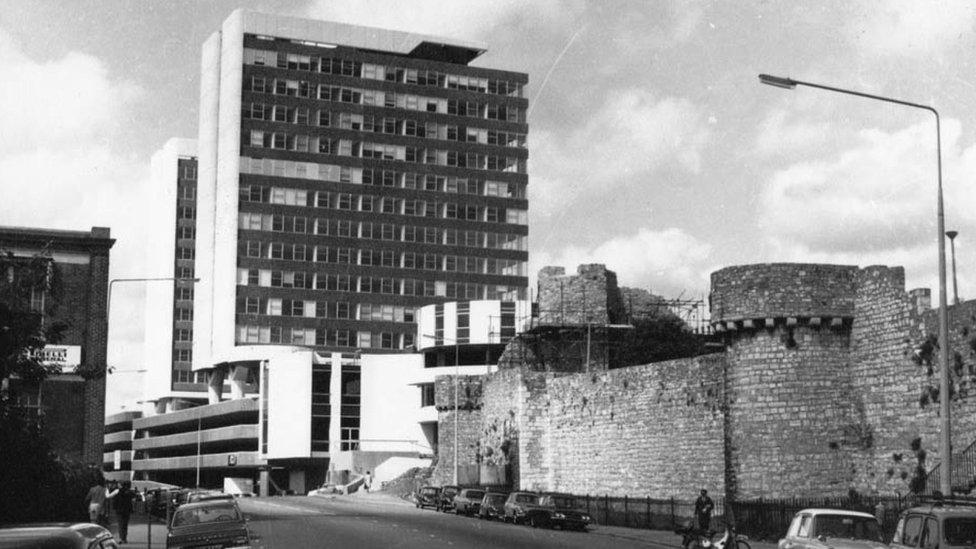 Arundel Towers