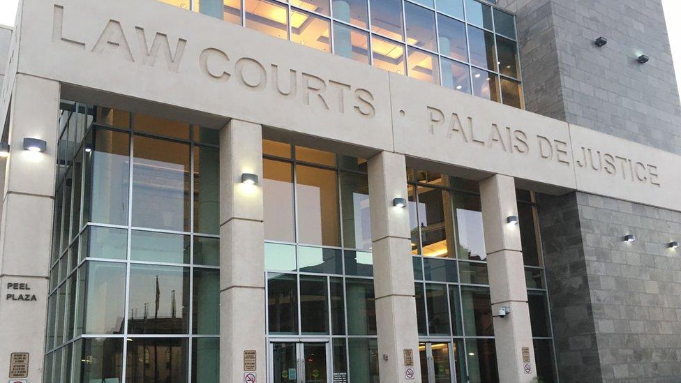 Corte de Saint John (New Brunswick, Canadá).