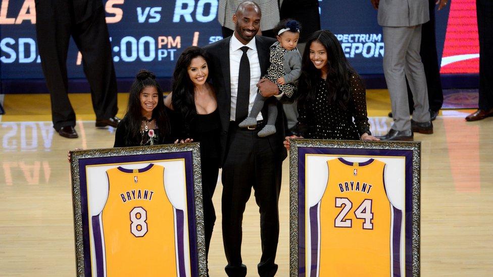 Kobi s porodicom