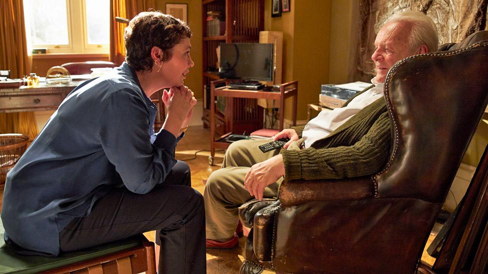 "Olivia Colman y Anthony Hopkins en ""El padre"""