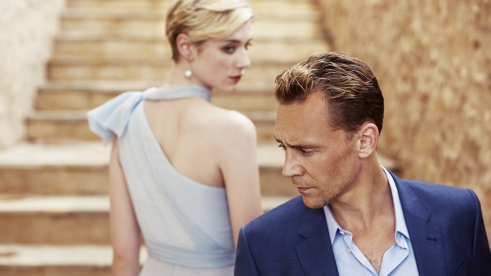 Tom Hiddleston and Elizabeth Debicki in The Night Manager