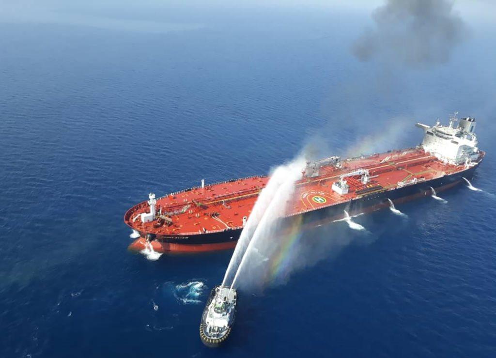 قارب بحرية إيراني