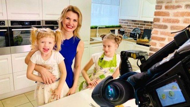 تاتيانا بورودكينا فرت مع ابنتيها إلى أوكرانيا