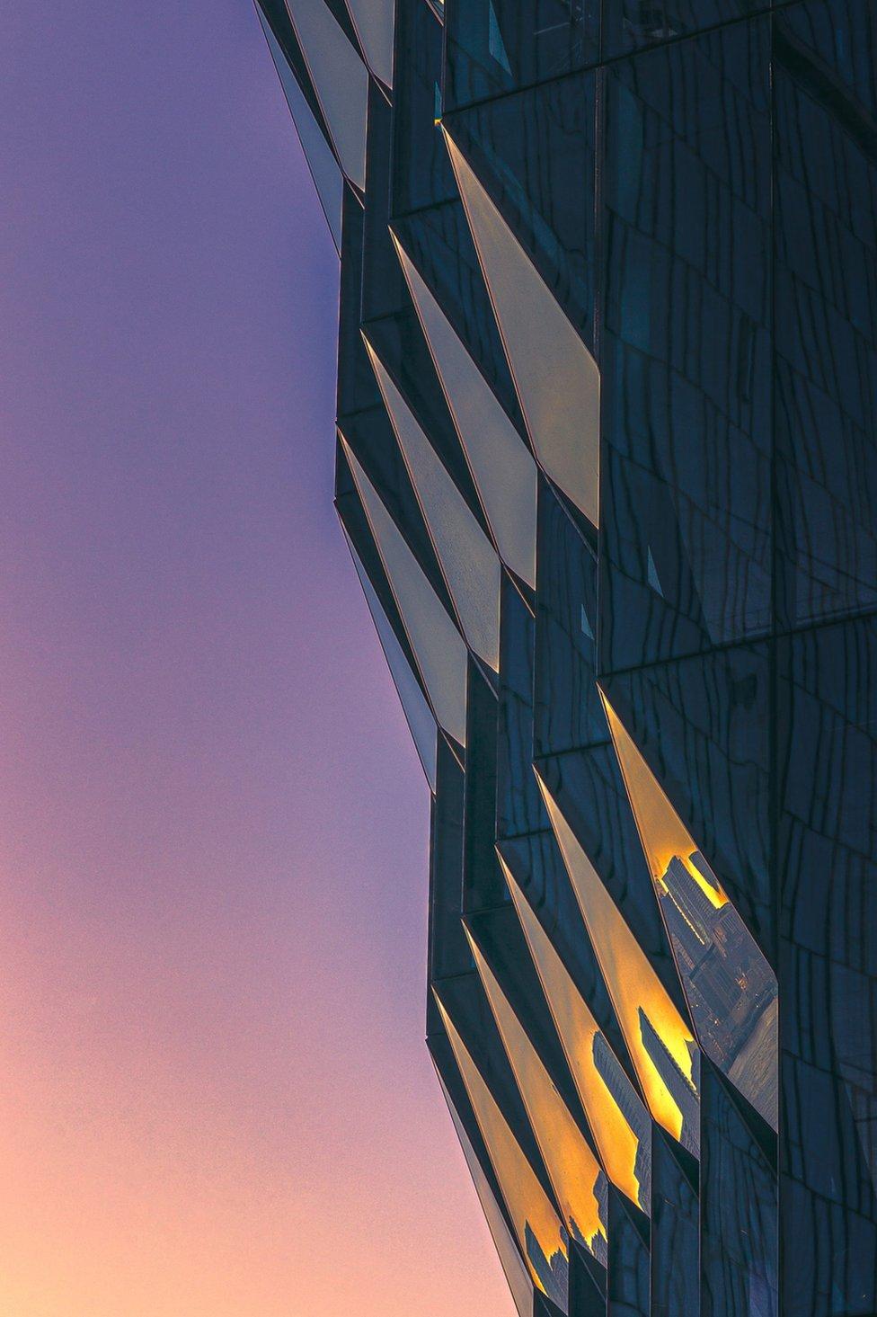 夕陽下的紐約曼哈頓大樓