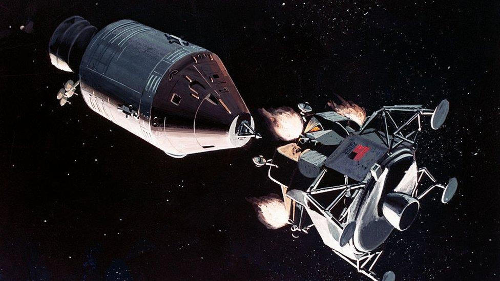 Apolo, 1990