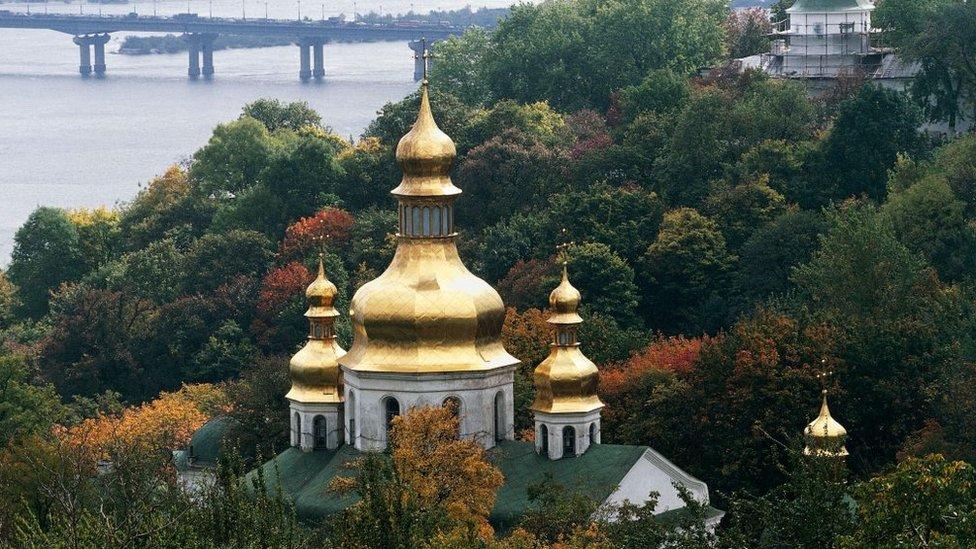 Боротьба Москви і Константинополя за верховенство у православ'ї - огляд ЗМІ
