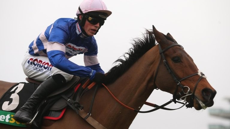 Paul Nicholls: Cyrname and Clan Des Obeaux lead 45,863-1 eight-timer on 'Super Saturday'