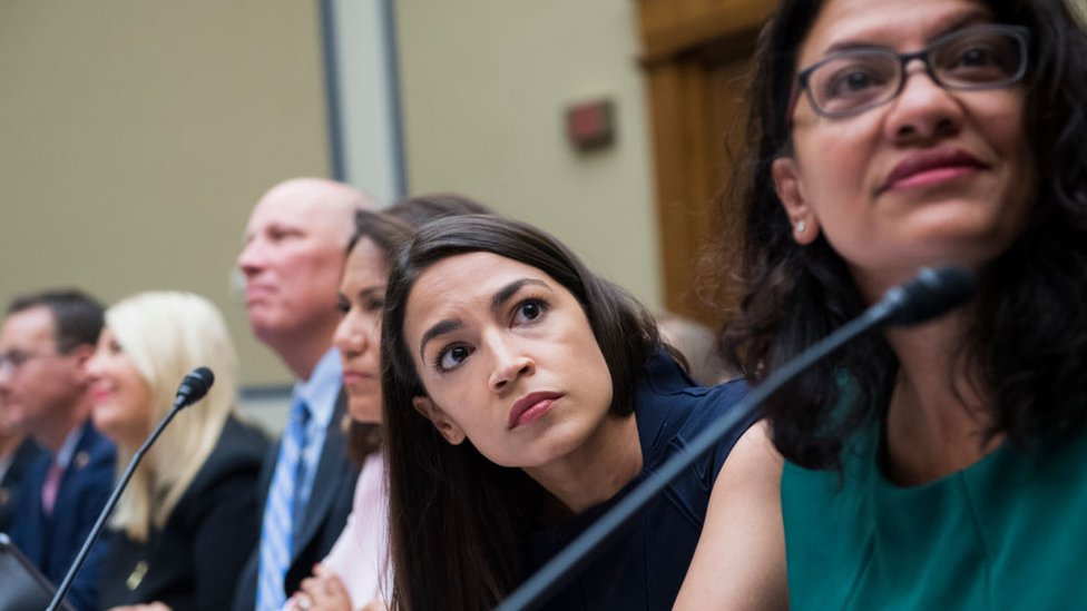 Ms Ocasio-Cortez and Ms Tlaib at a House Oversight and Reform Committee hearing