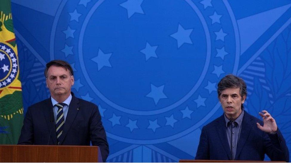 Jair Bolsonaro y Nelson Teich