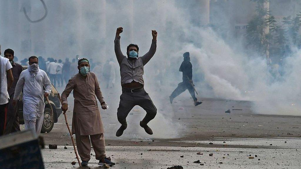 لاہور میں مظاہرین