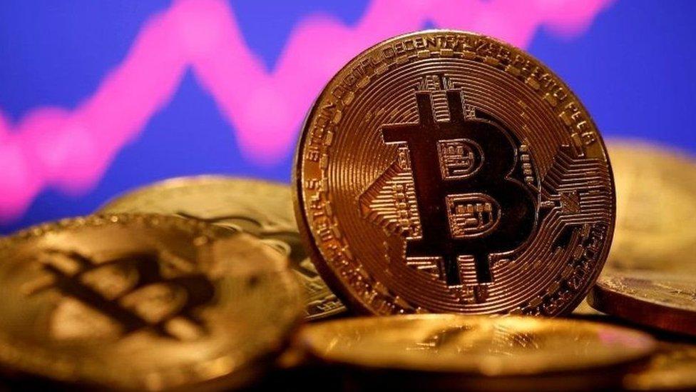 Kripto para yönetmeliği yayımlandı, ekonomistler nasıl yorumladı?