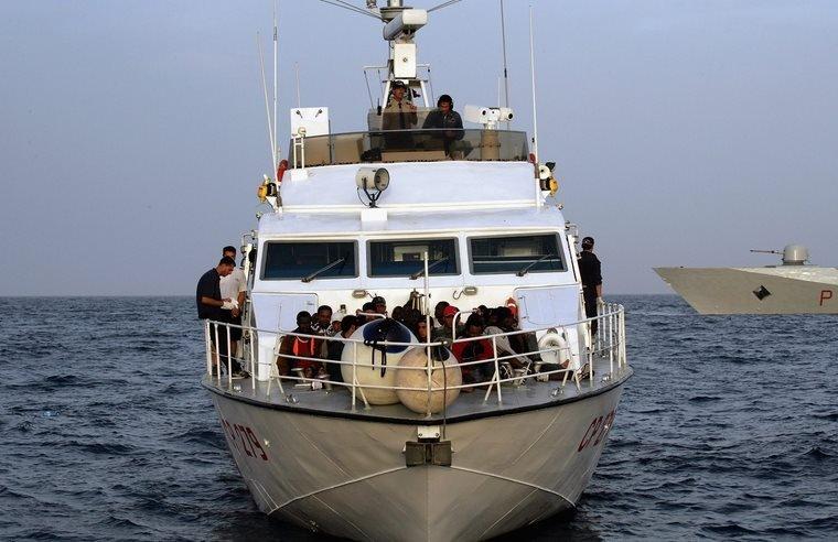 خفر السواحل الإيطالية