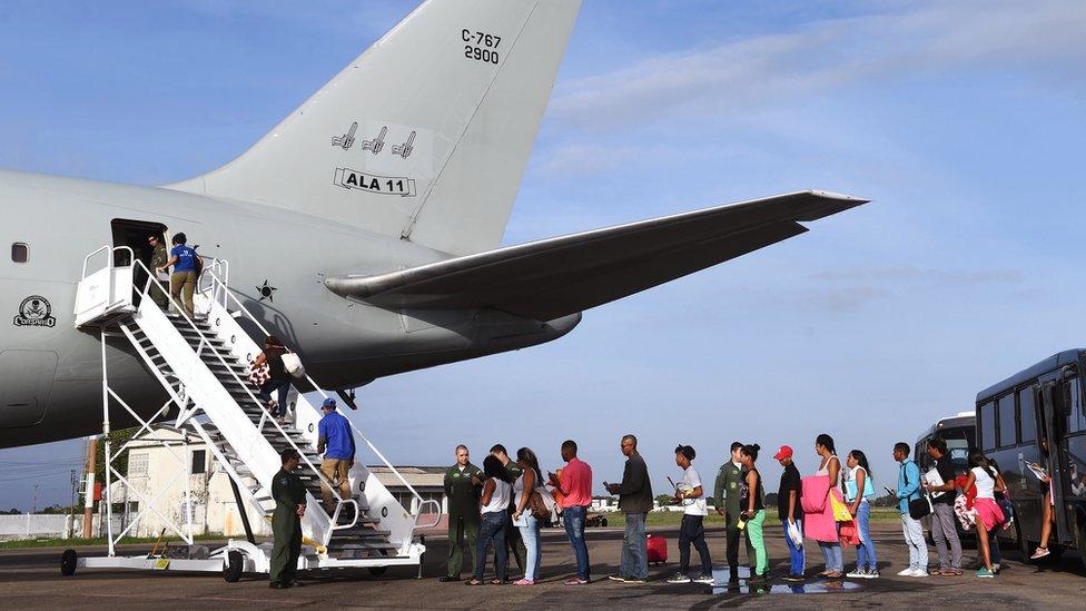 El Gobierno de Brasil quiere trasladar a los venezolanos que se encuentran en las zonas fronterizas a partes del interior del país.