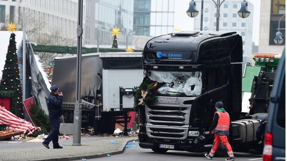 A truck that crashed into a Christmas market near the Kaiser-Wilhelm-Gedaechtniskirche (Kaiser Wilhelm Memorial Church) in Berlin is pictured on 20 December 2016.