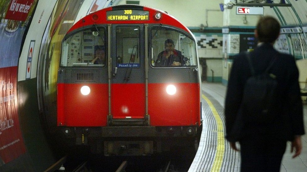 Tube's Piccadilly Line set for 48-hour strike as talks fail