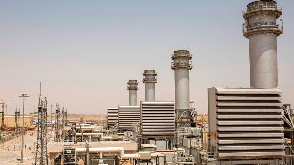 محطة توليد كهرباء الناصرية