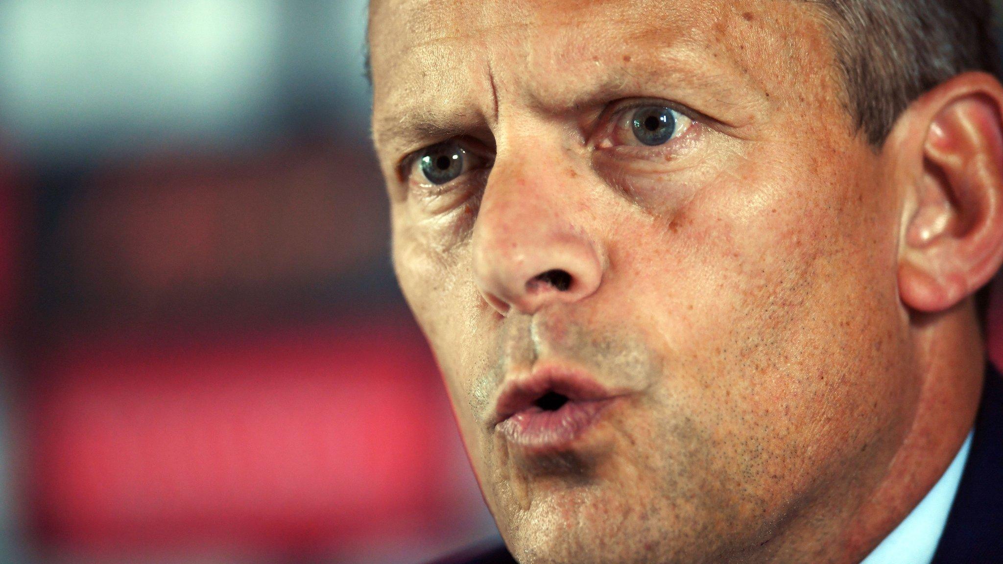 Martin Glenn: FA chief executive to leave at end of the season